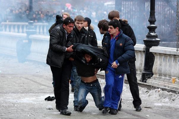В центре Москвы стажер ГИБДД получил огнестрельное ранение
