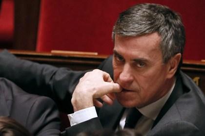 Французский министр бюджета подал в отставку из-за обвинения в неуплате нал ...