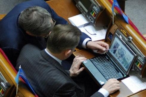 Министрам запрещают создавать аккаунты в социальных сетях