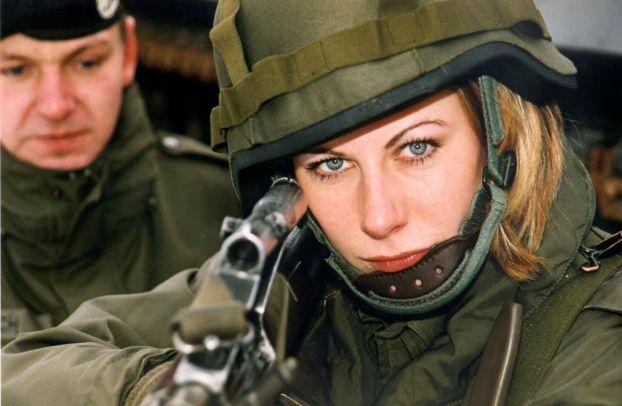 В Норвегии женщин начнут призывать в армию