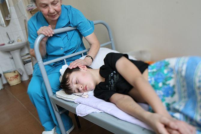 Свыше 80 детей отравились в лагере на Урале