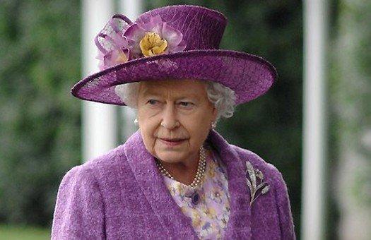 Найдена речь британской королевы о начале ядерной войны