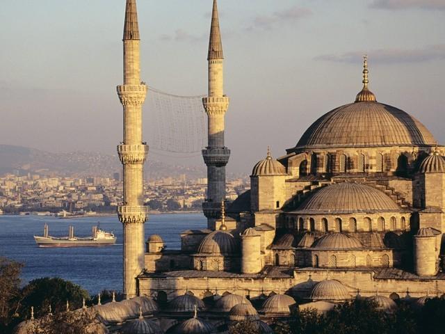 Роспотребнадзор может запретить россиянам посещать Турцию