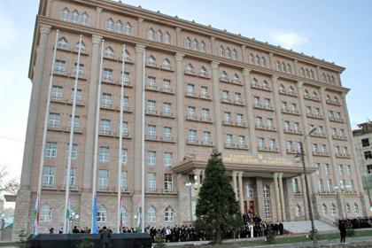 В Таджикистане засох символ независимости