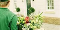 Преимущества и особенности доставки цветов для девушек