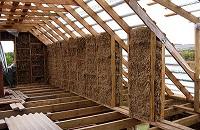 Преимущества и особенности применения натурального утеплителя для дома