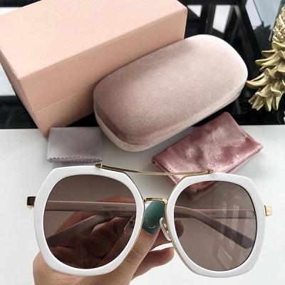 Солнечные очки модный аксессуар и необходимая защита