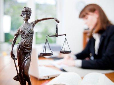 Преимущества профессии юриста и способы обучения