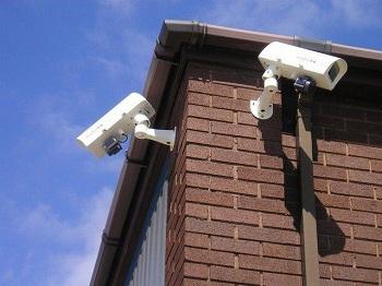 Видеонаблюдение для частного дома: виды и особенности