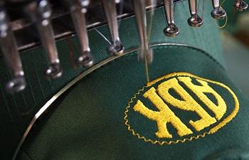 Способы нанесения логотипа на ткань: виды и особенности