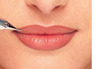 Татуаж губ: способы, преимущества и основные этапы