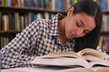 Как быстро написать курсовую работу: советы где искать материал