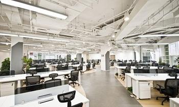Преимущества и особенности монтажа офисной вентиляции