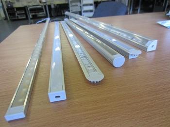 Монтаж профиля для светодиодной ленты: способы и правила