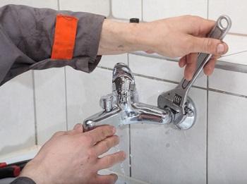 Способы устронения течи крана в ванной: причины и этапы устранения неполадк ...