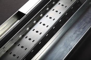 Назначение и конструкция металлических кабельных лотков ЛМ