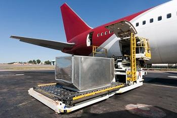 Особенности авиаперевозки грузов: способы и правила