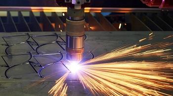 Особенности технологии и достоинства лазерной резки металла