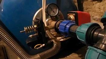Способы установки на трубопроводе датчика давления