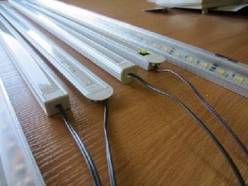Установка профилей для светодиодных лент: процесс монтажа и советы специали ...