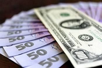 Обмен доллара на гривны: правила, тонкости и советы