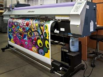 Как производится широкоформатная печать: этапы и особенности