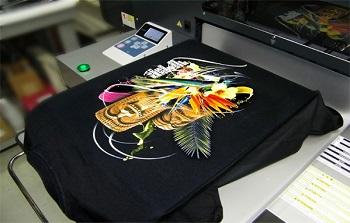 Технология печати на футболках: правила, этапы и советы