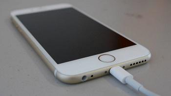 Iphone не заряжается: причины и их устранение