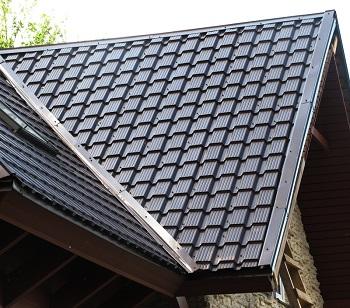 Металлочерепица на крыше: достоинства, правила и технология монтажа