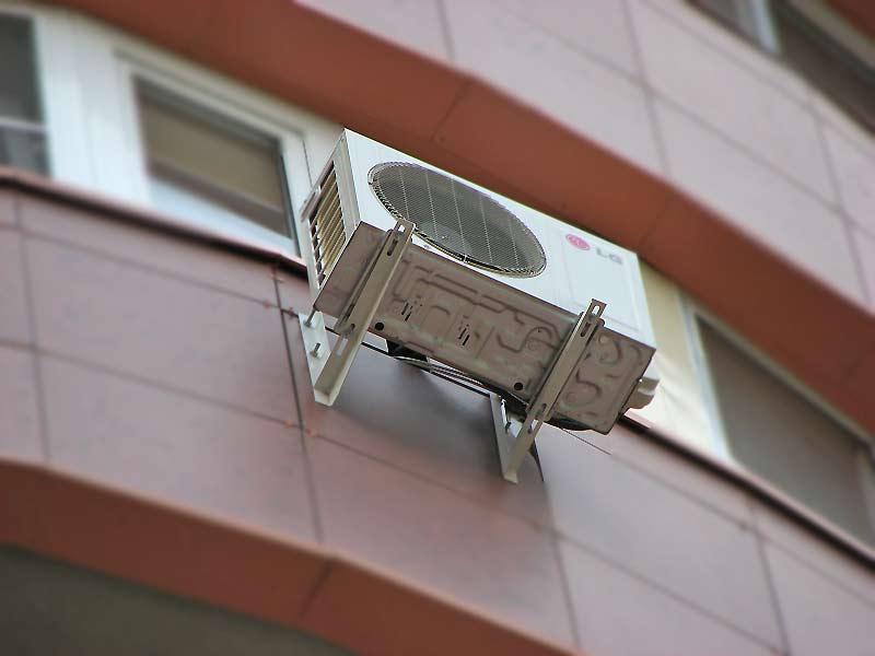 Самостоятельная установка кондиционера на вентилируемый фасад