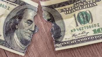 Ветхие доллары и евро: правила обмена и требования