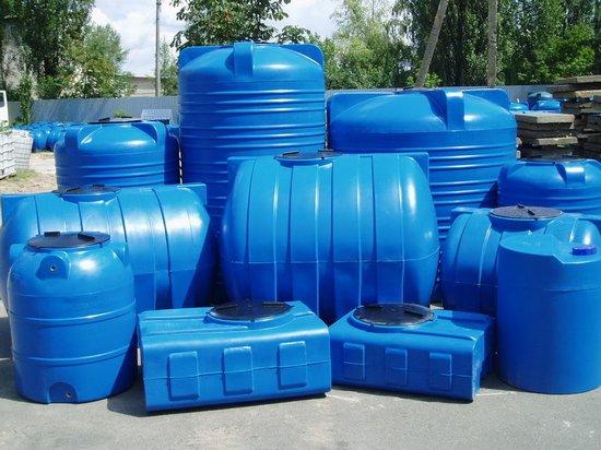 Выбор и требования к пластиковым емкостям для воды