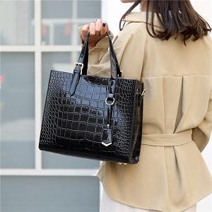 Модные женские сумки на весну и их обзор