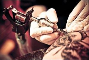 Открывает собственный тату салон и что нужно
