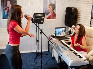 Простые способы как научиться петь и рекомендации
