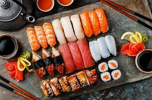Особенности и правила открытия бизнеса на доставке суши