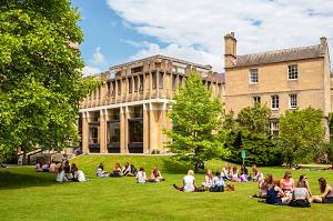 Особенности и плюсы среднего образования в Англии