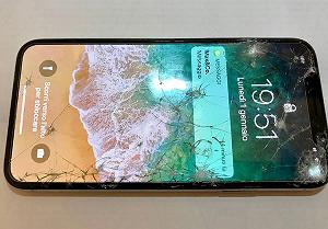 Замена стекла iPhone 11: правила и основные этапы